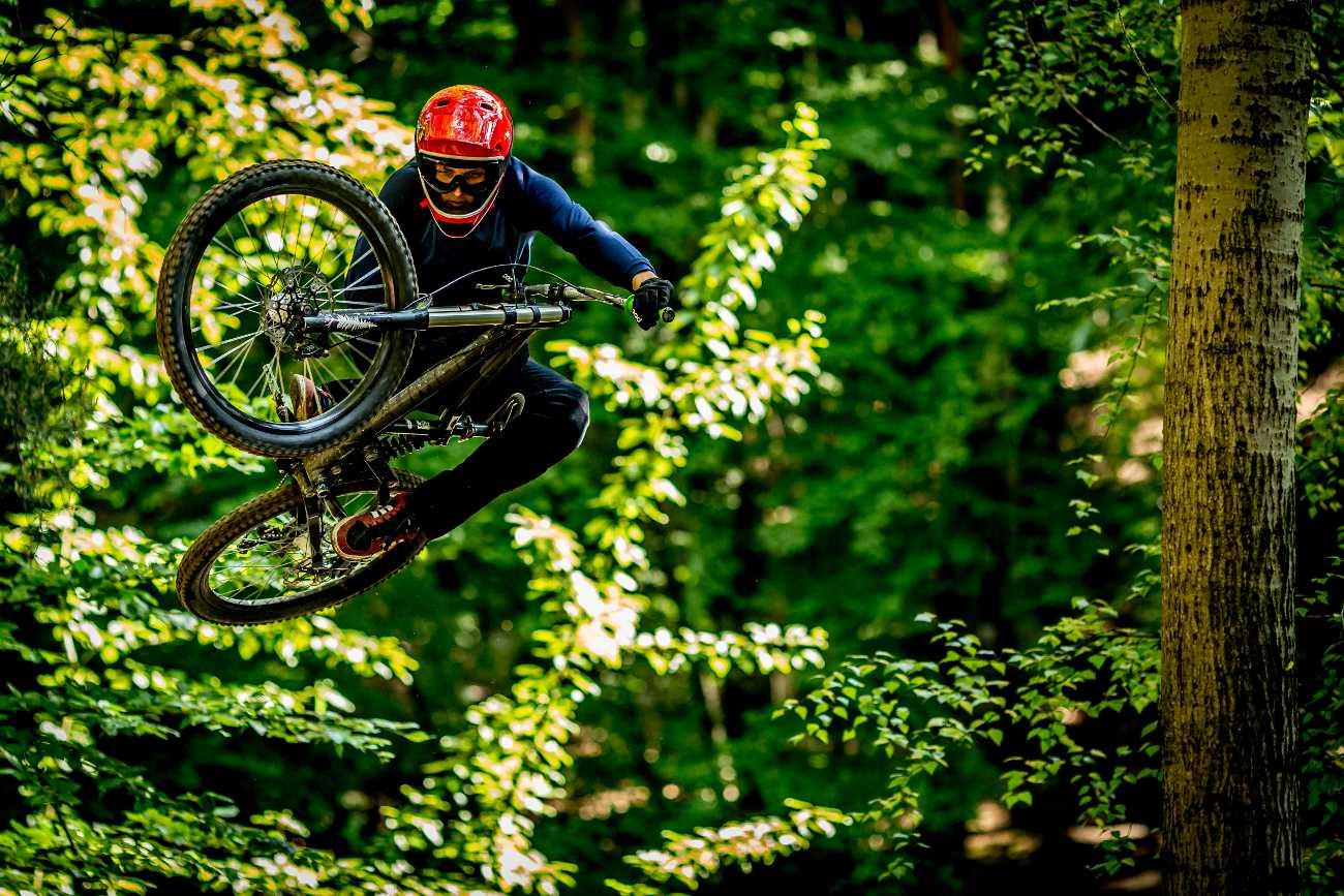 DH top bike