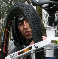 christian hatch dh 4X zumbi factory racing team